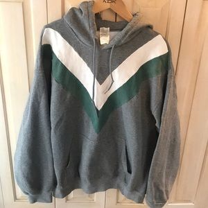 Woman's xl sweatshirt